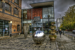 Museum of Science and Industry Manchester (Kulu40) Tags: museum manchester nikon hdr mosi d300 cs4 neatimage photomatix 18200vr qtpfsgui topazinfocus