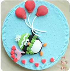 valentine cookies (penguin in love) (netatlisey) Tags: flower love cooking cookies penguin design cupcakes cookie candy baloon craft pasta biscuit cupcake gift bakery valentines lover inlove valentinesday