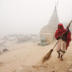 Varanasi : ghat's cleaning (Olivier Th) Tags: voyage city trip travel winter red vacation people woman cloud india canon rouge temple eos for boat photo asia shot image indian hiver femme reporter picture culture clean step varanasi indians asie chale dust capture nuage bateau hindu indien brouillard thao marche ville mandir ganga gens barque inde reportage ganges ghat indiens chal gange indienne  republicofindia ghaat balais journalisme poussire indiennes photoreportage bnars abigfave colorphotoaward flickraward  bhrat alwaysexc absolutegoldenmasterpiece flickraward5 ganarjya truthandillusion