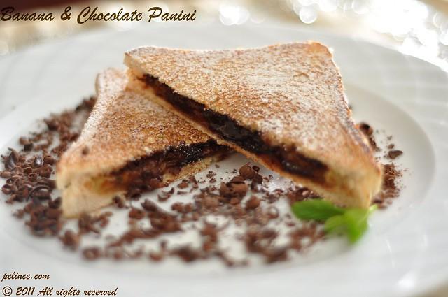 Muzlu & Çikolatalı Panini (Banana & Chocolate Panini)