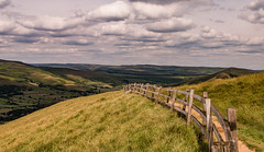 The Fence to Edale (pattzi) Tags: the fence towards edale
