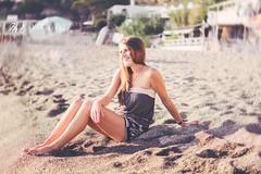 Happy - R. (Mary-Eloise) Tags: portrait lady girl woman beaut retreat ritratto nikon d7200 summer funny fun happy