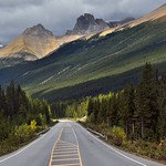 Alberta Highway 93 and a Drive in the Icefields Parkway (Banff National Park) thumbnail