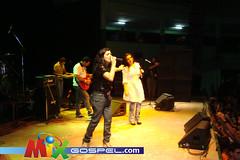 DSC07971 (Mix Gospel) Tags: show jesus fotos musica gospel 2010 cristo deus lizlanne eyshila apocalipse16 henriquecerqueira mixgospel pregadorluo cantarecife