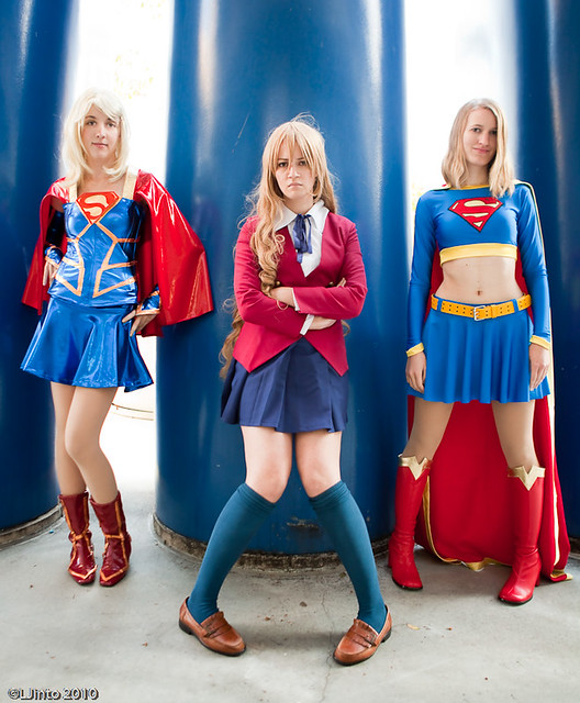 SDCC Supergirls Preview-1