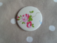 Cath Kidston Flower (Lilies and Daisies) Tags: magnets badges compactmirrors
