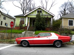 ATLANTA - Starsky & Hutch (unaerica) Tags: atlanta red usa white ford america ga torino us memories happiness stop journey gran erica hutch atlantaga starsky grantorino unaerica grandtorino