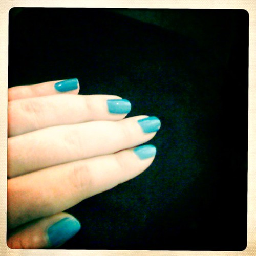 Ogre the top blue nails!