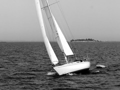sailing (transloid) Tags: summer bw sailboat lumix blackwhite sweden stockholm sommer schweden panasonic g1 segelboot archipelago schären bootstour skärgarden 14140mm