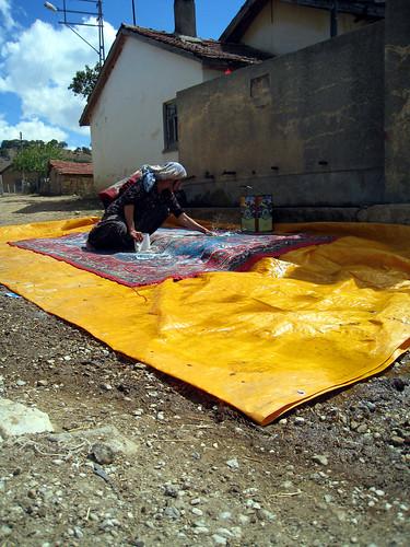 Women washing carpet in Ortaca
