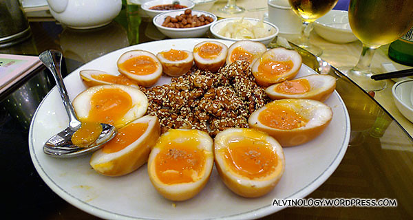 Eggs with walnuts