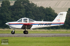 PH-ABB - 38-82A0005 - Private - Piper PA-38-112 Tomahawk II - Duxford - 100905 - Steven Gray - IMG_9013