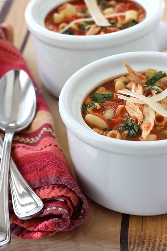 Mediterranean Chicken, Bean & Pasta Soup Recipe