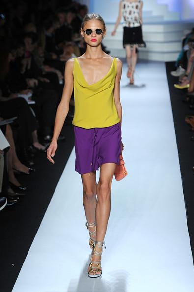 Diane+Von+Furstenberg+Runway+Spring+2011+MBFW+4jjqTuhrEI8l