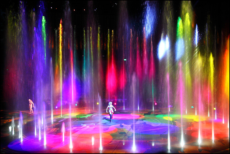 colorful-water-fountains