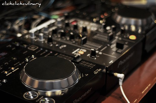 Robot Sushi DJ Deck