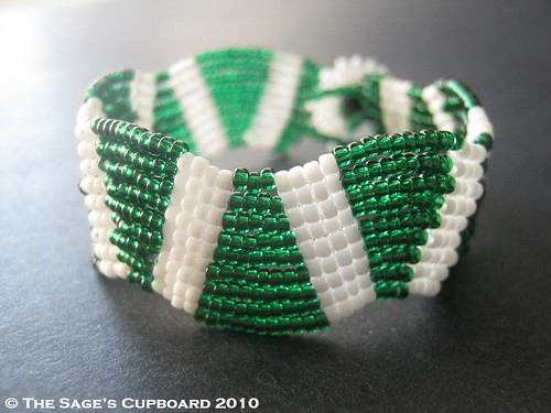 Wintergreen Wavy Wedges Bracelet