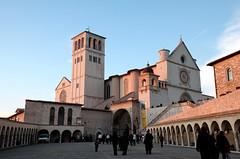 Assisi - Basilica di San Francesco al tramonto (bruno brunelli) Tags: santa italy san italia chiara assisi umbria francesco