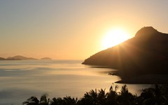 Sunrise in Hamilton island, Australia (Hopeisland) Tags: sea vacation holiday sunrise island hamiltonisland