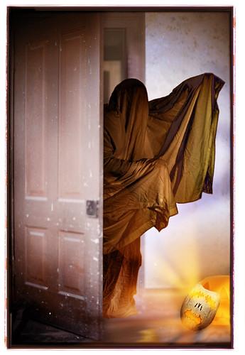 Hallowe'en #5 - Halloween greeting cards by bindlegrim aka Robert Aaron Wiley  (2004)