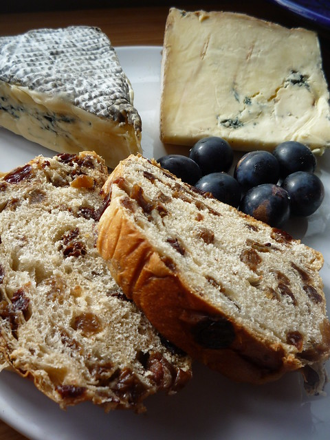 Lincolnshire Plum Bread , with  Cote Hill Blue Cheese Damson Cheese