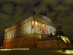 Alte Nationalgalerie Berlin, Deutschland - Old National Gallery Berlin, Germany (Sir Francis Canker Photography ) Tags: plaza trip travel blue panorama west berlin muro history tourism beautiful wall skyline museum night germany square landscape island deutschland nice twilight puerta gate europa europe gallery