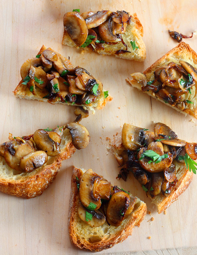 mushroom-bruschetta-