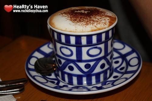 capuccino cafe breton