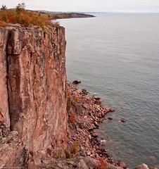 Palisade Head, Lake Superior (William Flowers) Tags: autumn fall minnesota northshore lakesuperior palisadehead shovelpoint