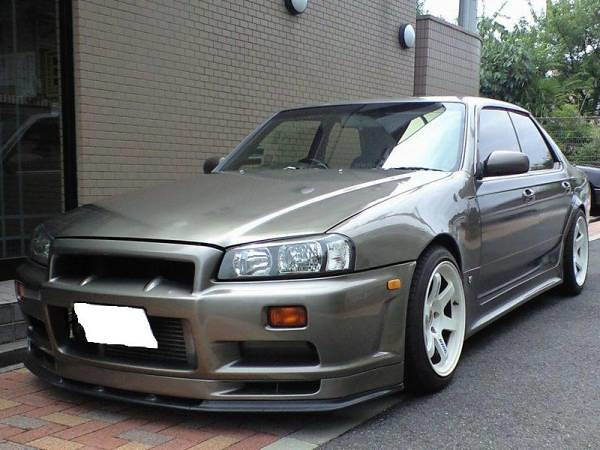 R34 Front