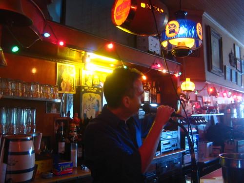 gabriel cohen at sunny's bar