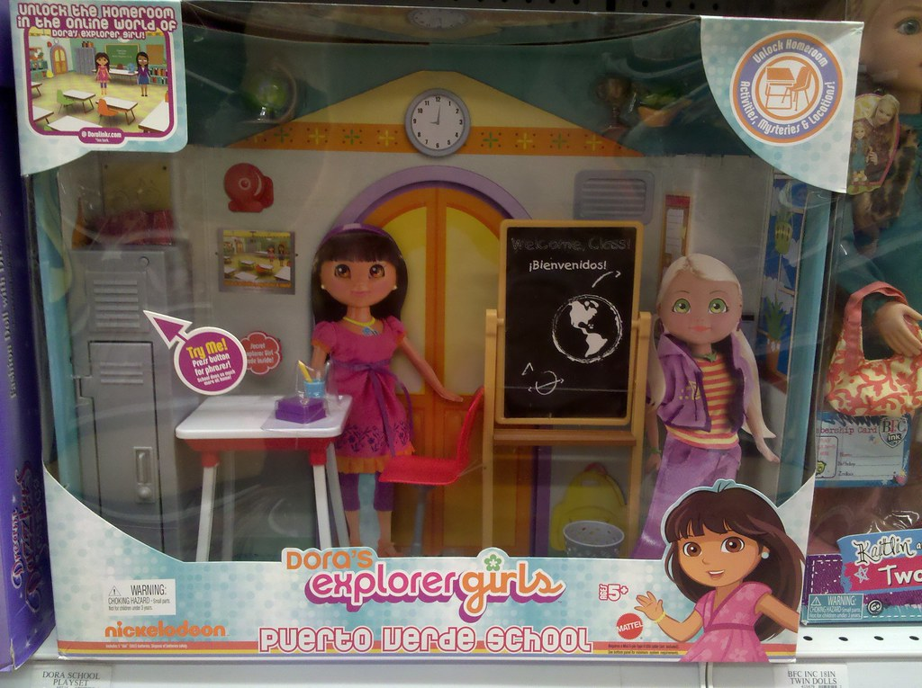 wasteful packaging: Dora doll playset
