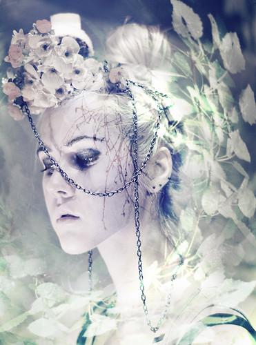 [フリー画像] 人物, 女性, ファッション, エストニア人, 201010092100