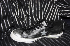 Converse One Star - Silver and Black