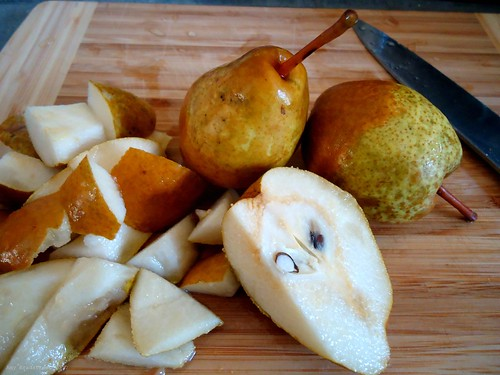 palm-sized pears