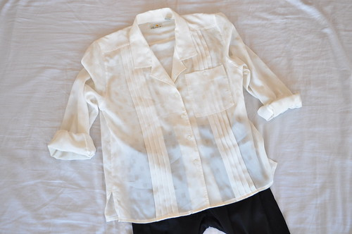 vintage geometric cream shirt