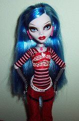 Ghoulia unmasked (Veni Vidi Dolli) Tags: dolls mattel ghoulia monsterhigh ghouliayelps