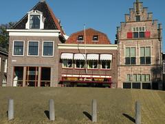 Edam (twiga_swala) Tags: old city holland netherlands dutch architecture town canal north nederland vernacular brug keizersgracht noordholland gracht noord huizen edam hollande northholland stadsgracht stadgracht