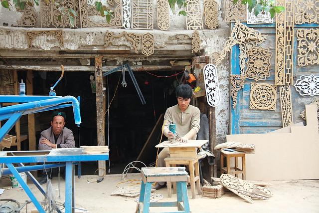 ヤルカンドの木工細工工房