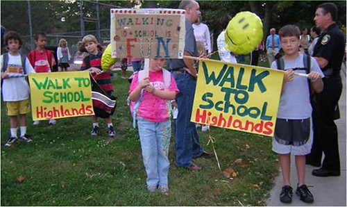 Walk to School Day, Fairview, KS (via International Walk to School)