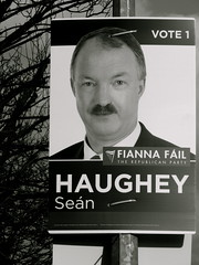 Sicherheit und Ordnung (tartalom) Tags: election fiannafail 2011 tartalom irishgeneralelection christophersweeney seanhaughey