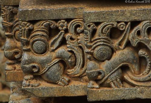 Hoysala_Sideways
