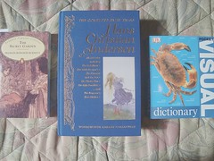 More books (letsdancebaby) Tags: buch book livro hanschristianandersen thesecretgarden visualdictionary