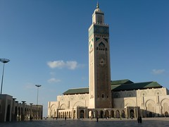 The Hassan II Mosque (Unesm) Tags: world urban architecture modern casa minaret muslim islam traditional culture mosque morocco casablanca lovely masjid artisan islamicarchitecture mosquée islamicart مسجد hassanii moroccanart kinghassan2 unesm