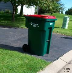 Veolia Environmental Services Recycling Cart (TheTransitCamera) Tags: recycle cascade