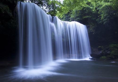 鍋ヶ滝 by najizy