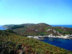 Isla de Ons por TeresalaLoba (TeresalaLoba) Tags: faro islands spain galicia ons bueu riadepontevedra isladeons teresalaloba parquenacionaldelasislasatlnticas rutadelfaro ensenadadapocia puntaxobenco turismoriasbaixas turismoriasbajas