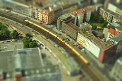 Berlín en miniatura (ACido) Tags: berlin fernsehturm telespargel tiltshift mondadientes