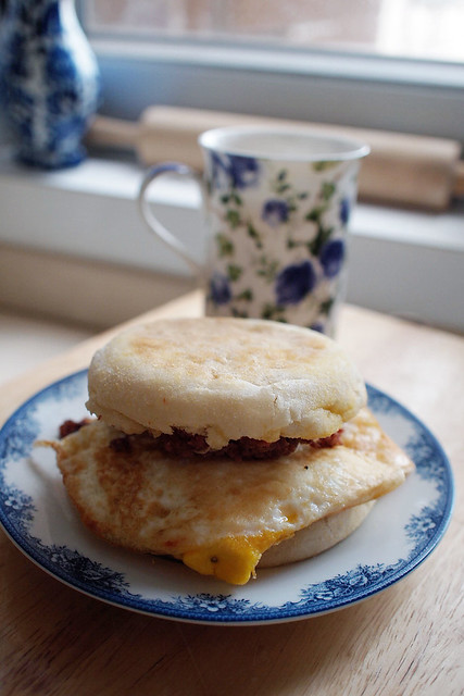 Naughty Breakfast - English Muffin, Corned Beef, Fried Egg, Cheese, Mayo, Ketchup, Butter