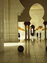 Sheikh Zayed Mosque (Art Peace) Tags: uae mosque zayed abu dhabi sheikh